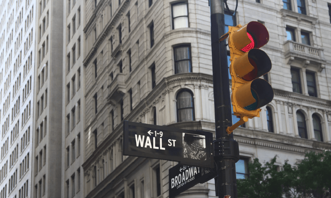 Institutional Market movers and pension funds express an interest in including Bitcoins, Ethereum, Ripple in their portfolios.